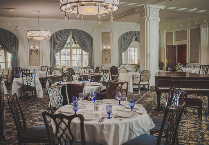 formal dining room at hotel roanoke