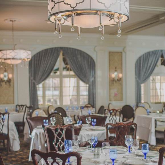 Roanoke brunch at the regency dining room